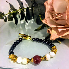 Carnelian, Shell, and Black Agate Bracelet