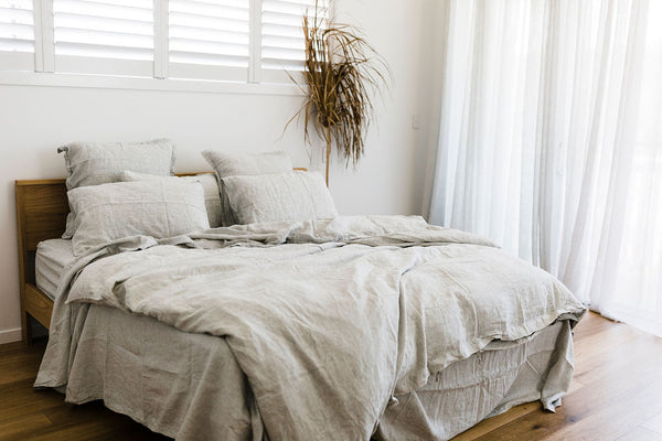 7 Reasons To Love Linen Bedding!