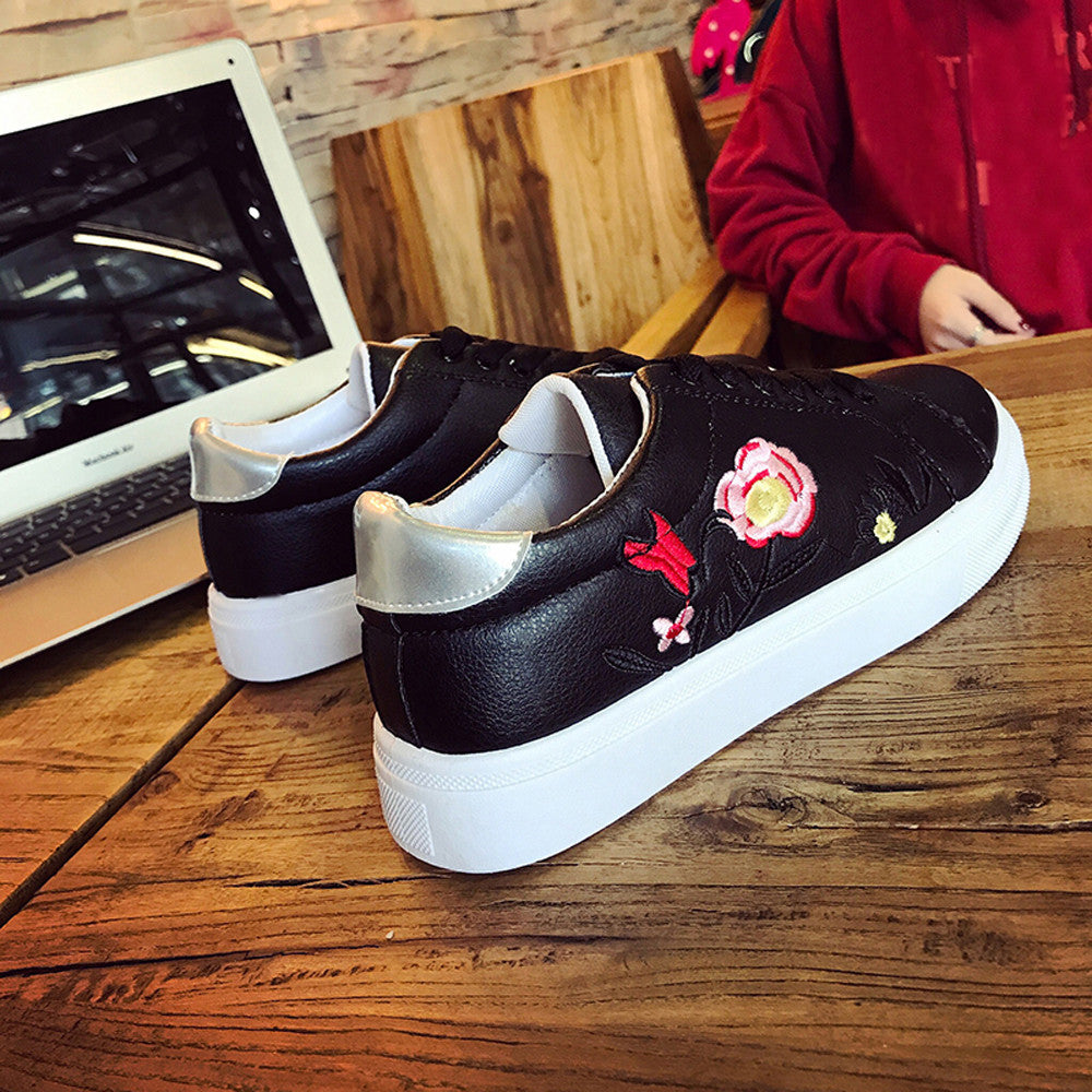 Women Sneakers Embroidery Flower