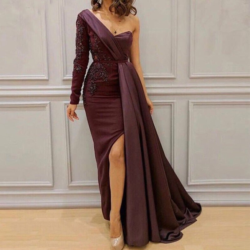 Elegant One Shoulder Mermaid Gown