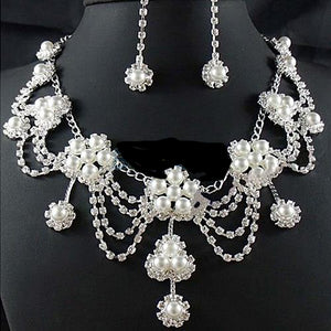 Woman's  Rhinestone Crystal  Necklace+Earring