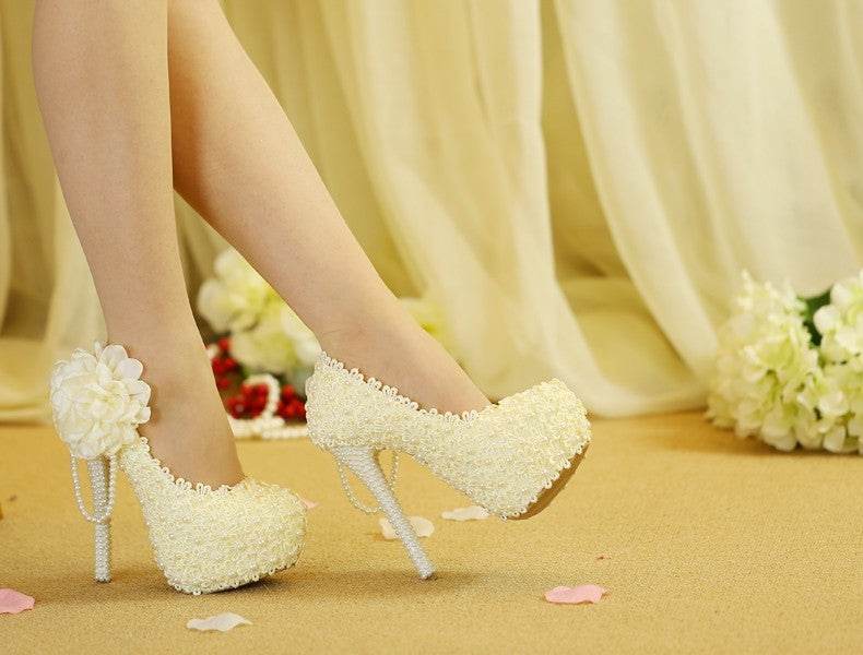 Unique  Lace  Wedding Shoes