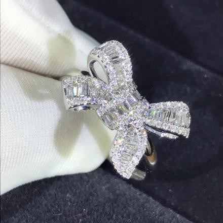 Charming Bow Engagement Ring