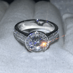 Brilliant Round Halo Wedding Ring