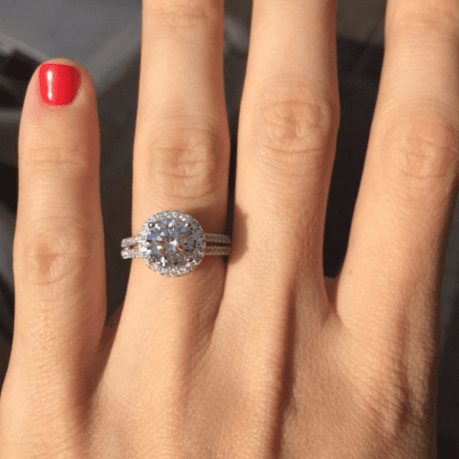 Beautiful Split Shank Floating Halo Ring