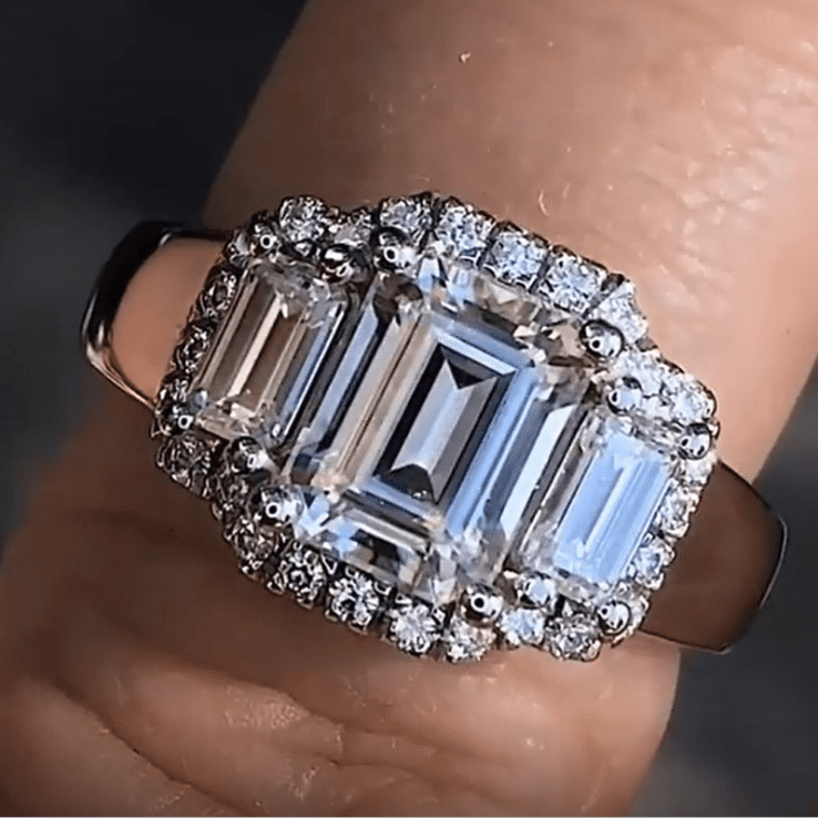 Luxury Buckle Ring
