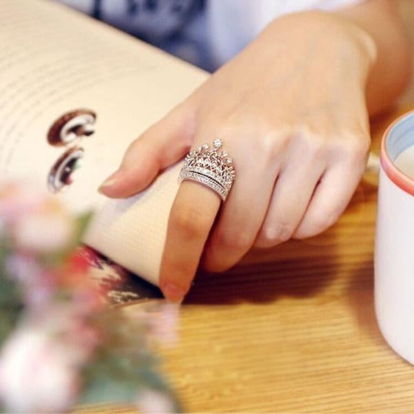 Women's Luxury Silver Crown Ring Set