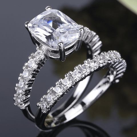 Sparkling White Stone Women's Ring Set