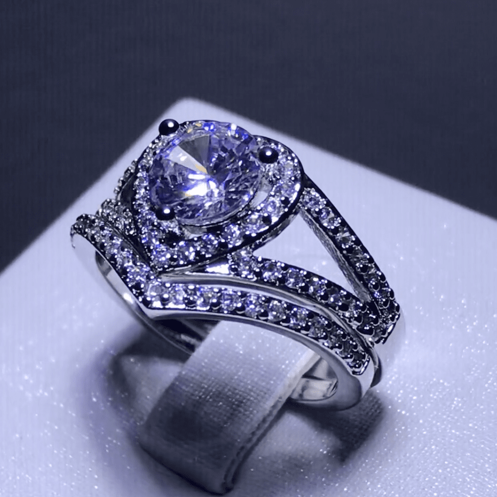 Stunning Heart Double Band Ring Set