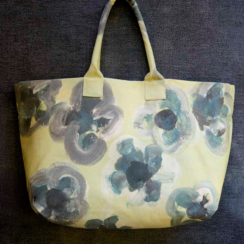 "THE EVERYDAY TOTE COTTON CANVAS BUTTERCUP 25x13.5""IN"