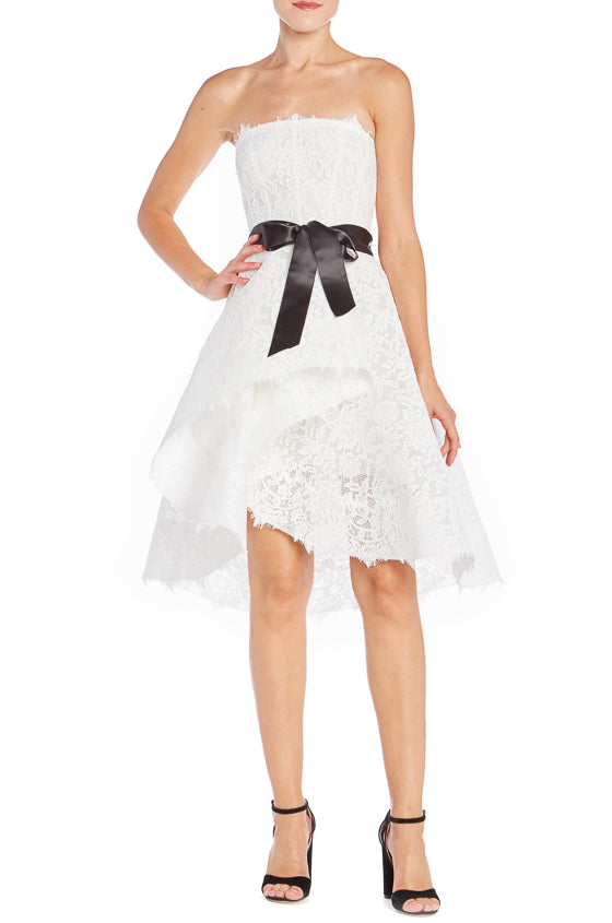 Monique Lhuillier White Lace Dress
