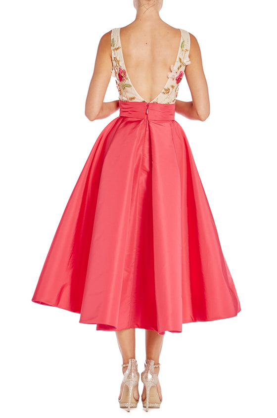 Spring 2019 Monique Lhuillier Tea Length Dress