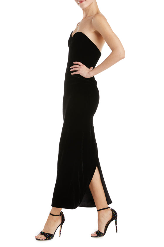 Monique Lhuillier velvet black dress