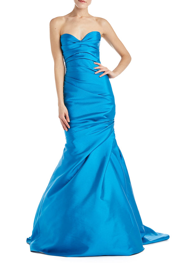monique lhuillier blue gown
