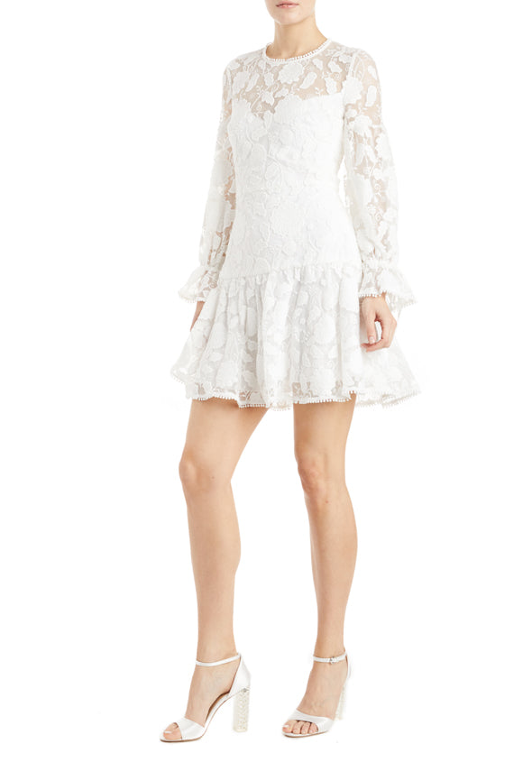 3/4 sleeve lace dress ruffle hem