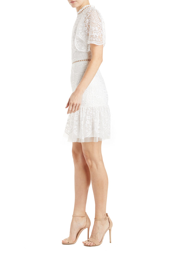 Fall 2019 white lace mesh dress