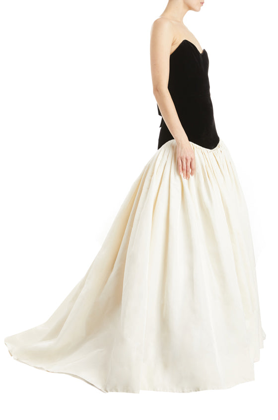 Drop waist gown black and white