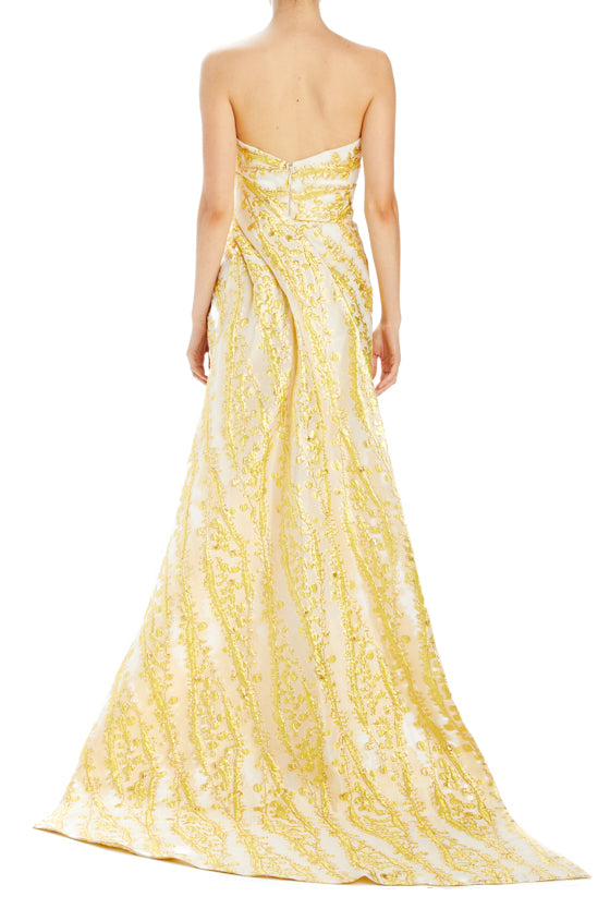 Spring 2020 evening gown gold strapless