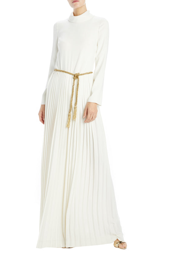 Ivory Crepe Pleated jumpsuit