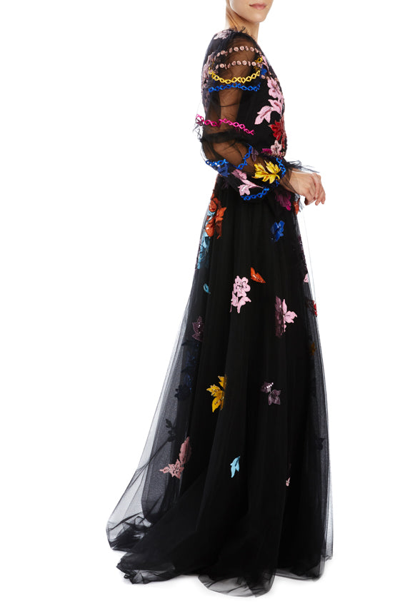 Monique Lhuillier puff sleeve gown with embroidery