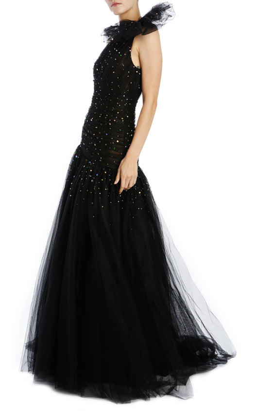Fall 2019 Black Evening Gown with one shoulder and a bow