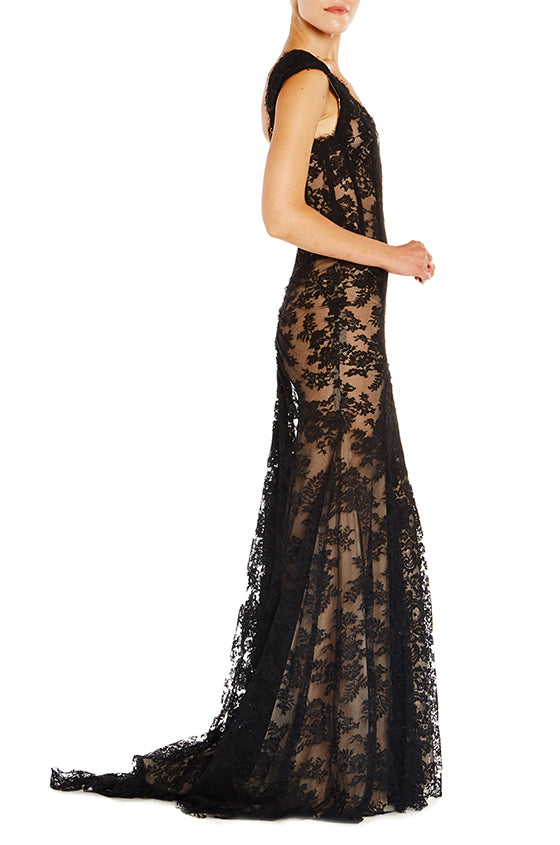 Chantilly Lace Low Back Gown - moniquelhuillier