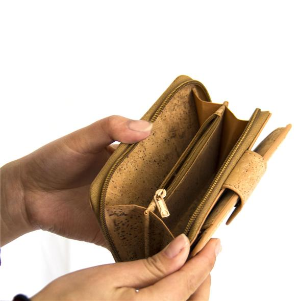 Wallet Bag with a lot of pockets