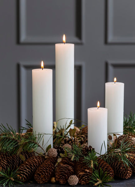 Advent Candles in Boxes - 4 pcs - 5cm diameter - 4 heights (15cm, 20cm, 25cm and 30cm)