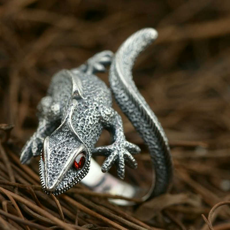 Exclusive Release: Reptile Ring