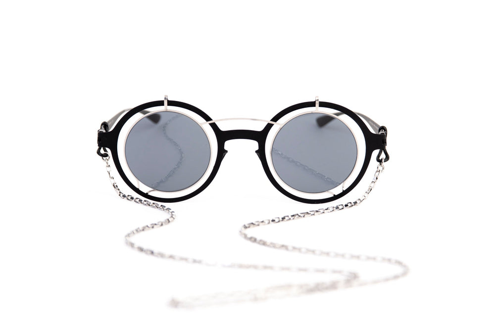 DAMIR DOMA-BRADFIELD-052-BLACK-SILVER (CHAIN NOT INCLUDED)