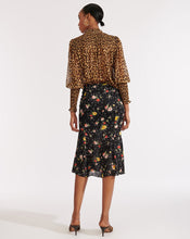 Load image into Gallery viewer, Jaz Blouse - Leopard