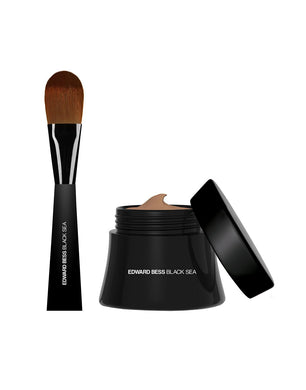 Black Sea Complexion Correcting Mouse Foundation with Expert Blending Brush - Tan