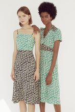 Load image into Gallery viewer, Morgan Dress - Black/Green Daisy Combo