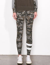 Load image into Gallery viewer, Yoga Pants - Camo