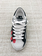 Load image into Gallery viewer, Superstar Sneaker - Roses/Black