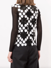 Load image into Gallery viewer, Sleeveless Laser Cut Daisy Top - Black/White