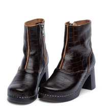 Load image into Gallery viewer, 60's Boot - Dark Brown