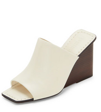 Load image into Gallery viewer, Leonor Sandal - Ivory