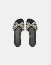 Load image into Gallery viewer, Jelson Sandal - Black