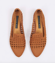 Load image into Gallery viewer, Griffin Shoe - Camel