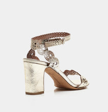 Load image into Gallery viewer, Bobbin Block Mirror Crack Sandals- Champagne