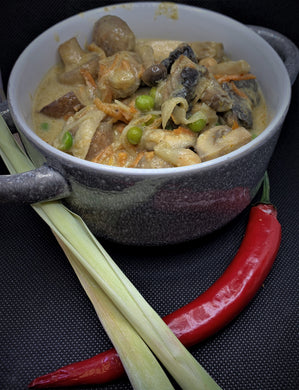 Mushroom Yellow Curry. 275g Meal for one/two people.