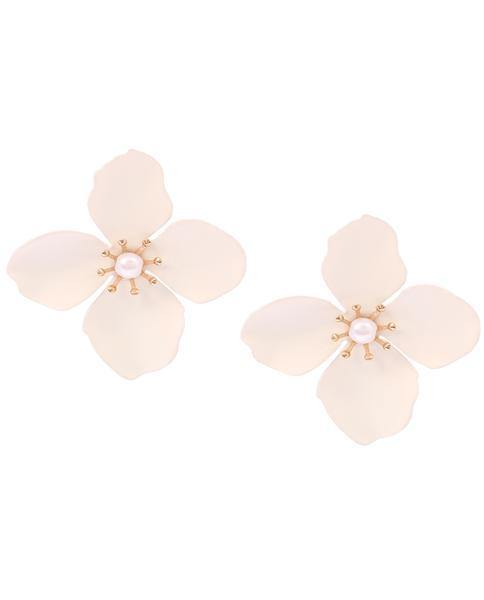 Amelia White Flower Pearl Stud Earrings in 18K Gold