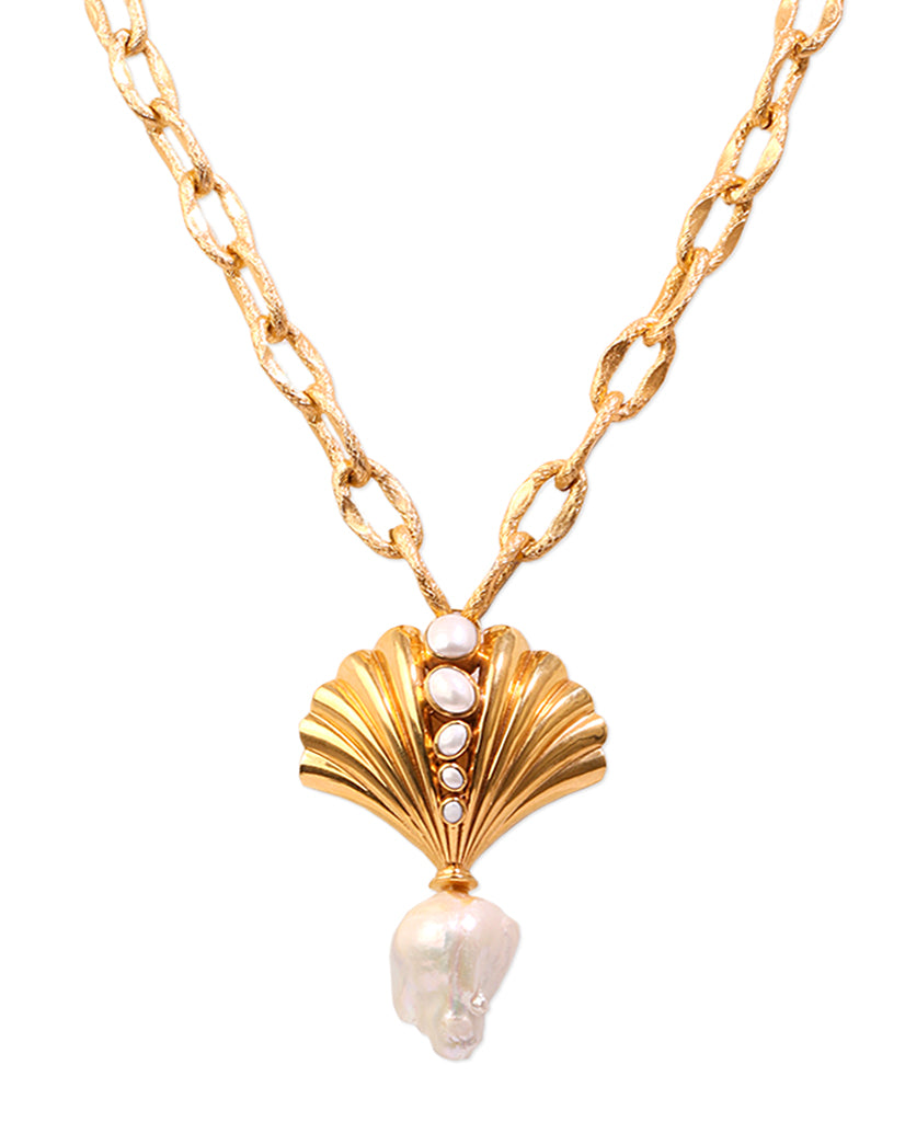 Roma Seashell Necklace with 18K Gold and Pearls