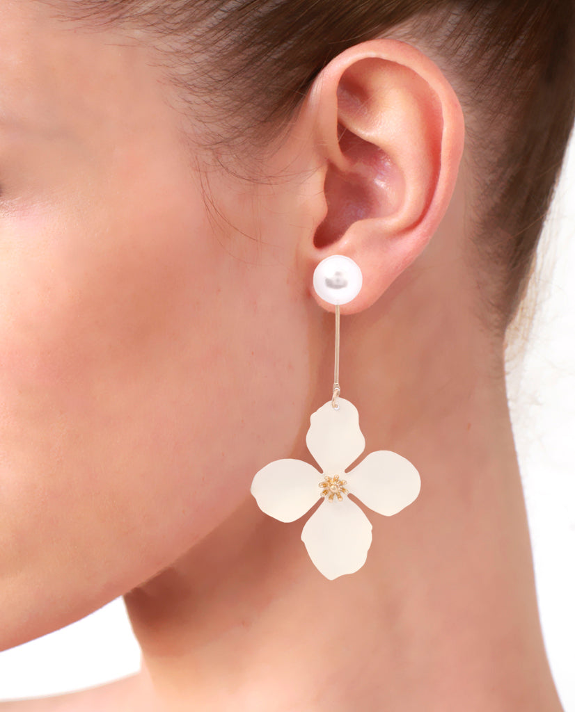 White Long Pearl Flower Dangler Earrings in 18K Gold
