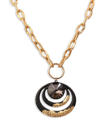 Akali Medallion Concentric Multi-Ring Black Necklace with 18K Gold