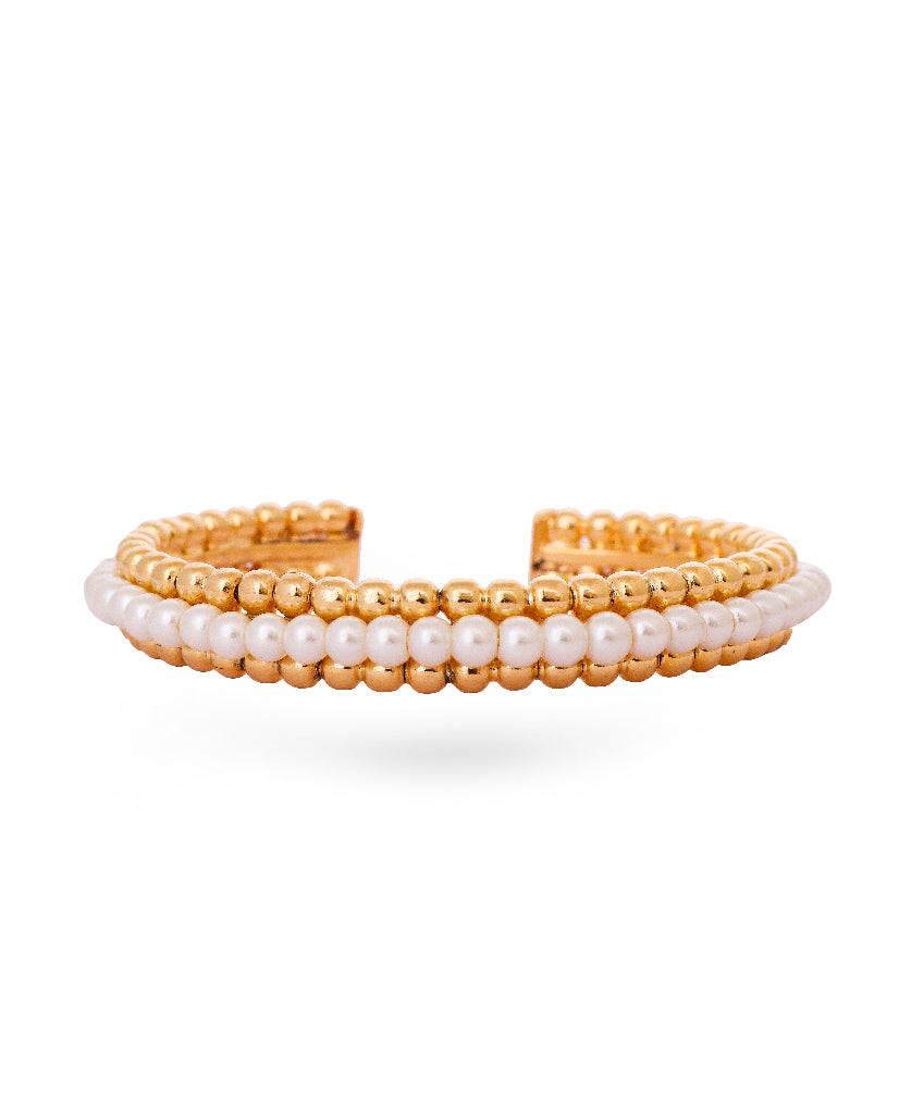 Pretty in Pearls Bangle