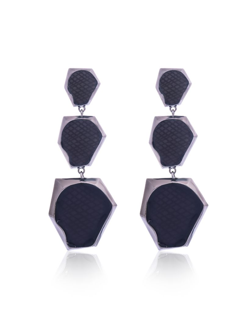Kendra Ombre Black Hexagonal Earrings in 18K Ruthenium