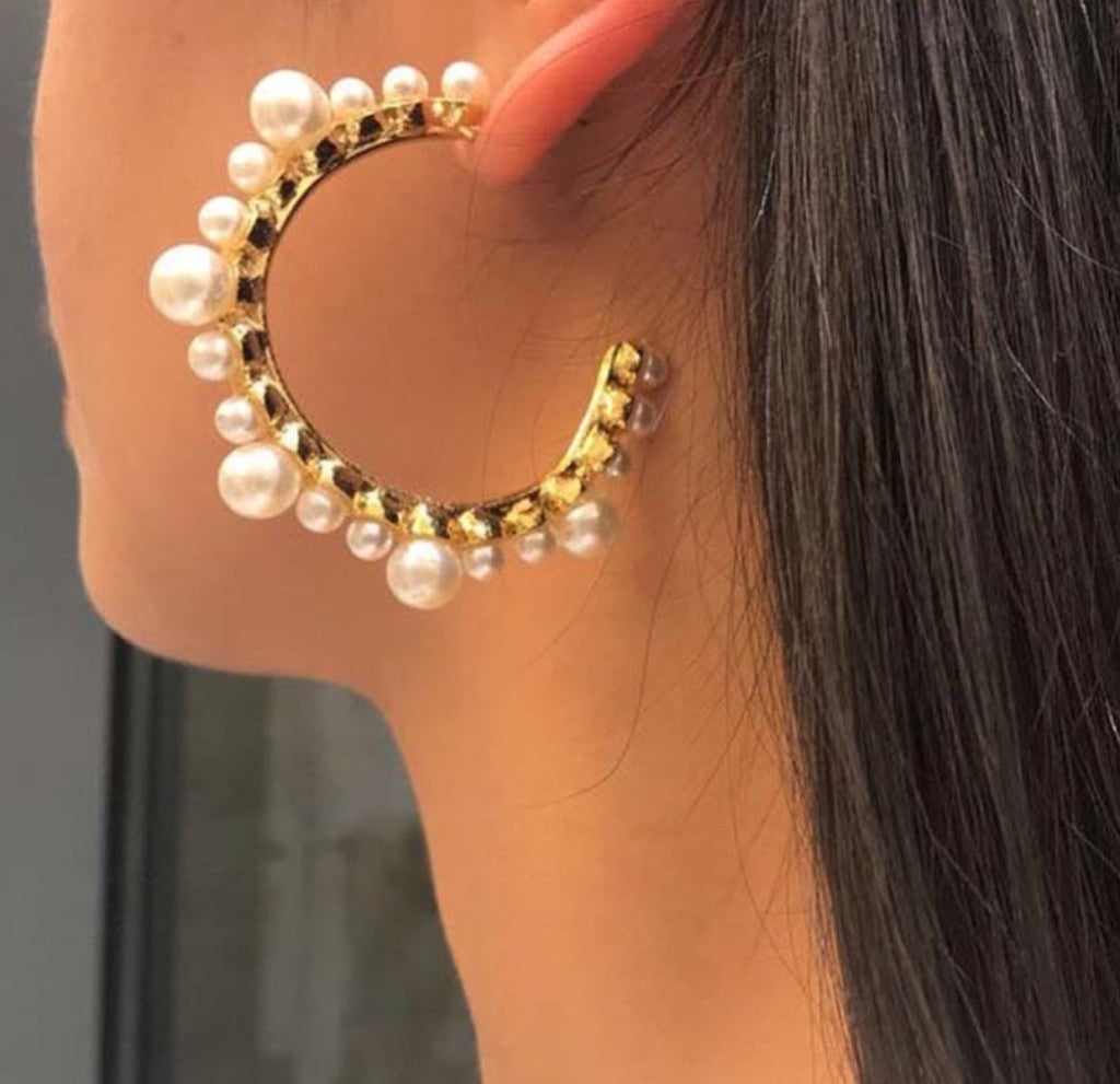Benti Pearl Hoop Earrings Earrings
