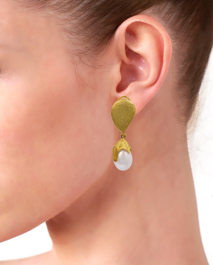 Catherine Pearl Drop Earrings Earrings